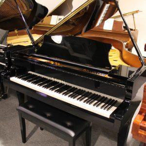 Kawai Grand Pianos